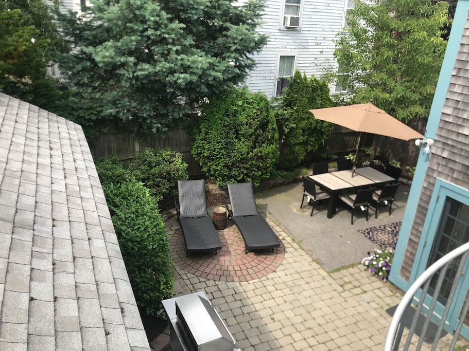 Private Patio with grill, lounge chairs, and dining for 6