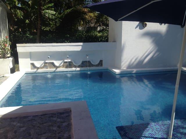 Casa privada en las veraneras - Los Cobanos - Casa