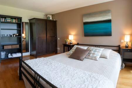 La Dolce Vita, Lake Lugano - room 1 - Bed & Breakfast