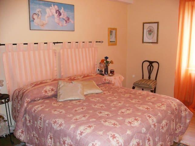 Appartamento nel Centro Storico - Penne - Bed & Breakfast