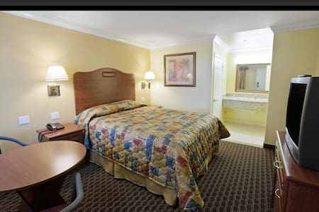 Americas Best Value Inn South Gate - Andere