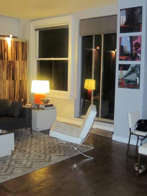 Living Room Area (3)