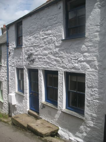 Myrtle Cottage Penryn - Penryn - House