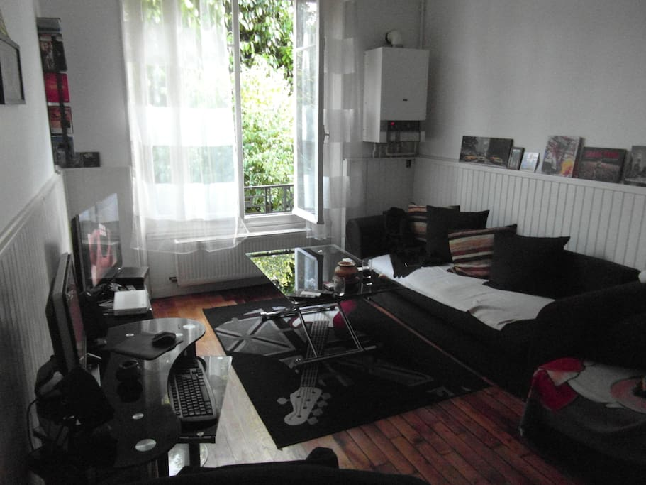 f2 40m2 appartement appartements louer melun le de france france. Black Bedroom Furniture Sets. Home Design Ideas