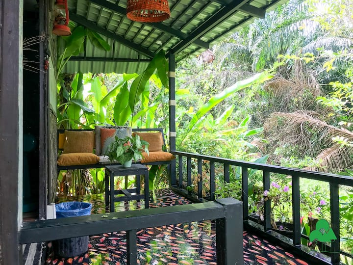 Bunga2 - EcoTropical home with natural garden view