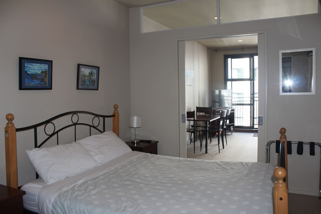 Central 2 Bedroom Wifi Carpark Apartments For Rent In Wellington Wellington New Zealand