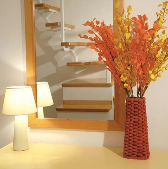 Irida Santorini - Apt. 3 - bedroom on the loft