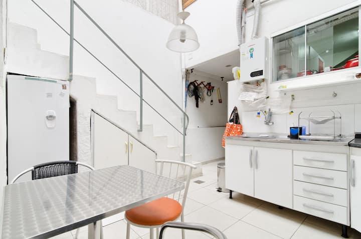 Comfortable Suite 01 @ Jardins SP