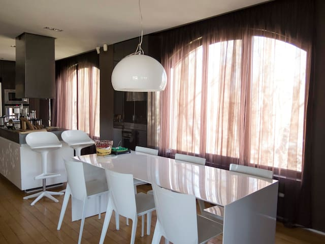 """ZEN"" Luxurious apartment in Vitosha's skirts - Sofia - Appartement"