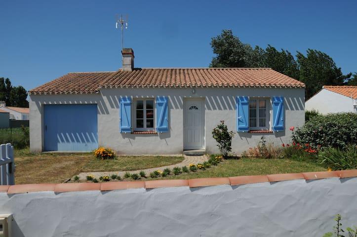 Belle maison sur terrain clos - Barbâtre - House