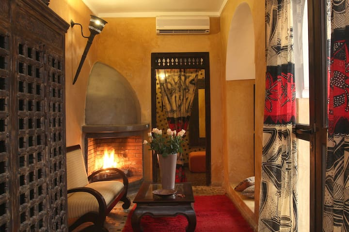 The Yoruba Suite @Riadbamileke - Marrakesh - Bed & Breakfast