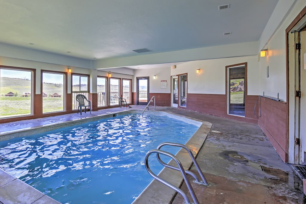 No matter the season, you'll be able to enjoy this lovely indoor pool.