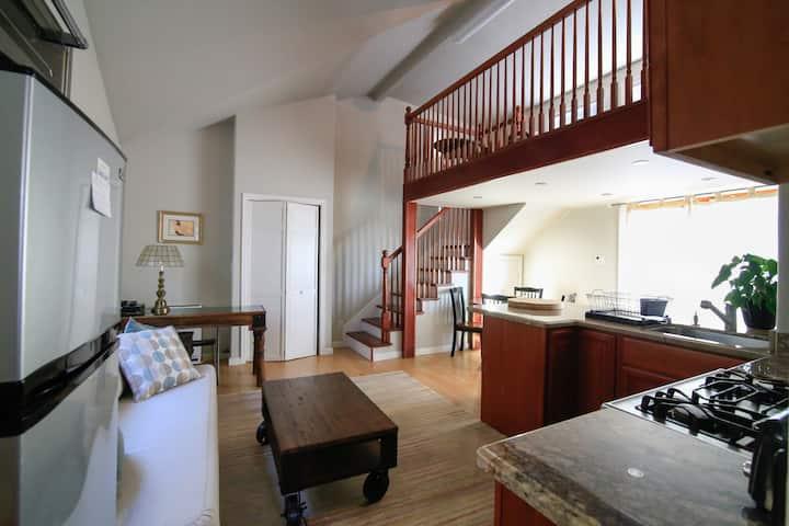 Comfort & Convenience in the Berkeley Hills