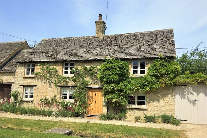 Lovell Cottage, Old Minster Lovell, Cotswolds