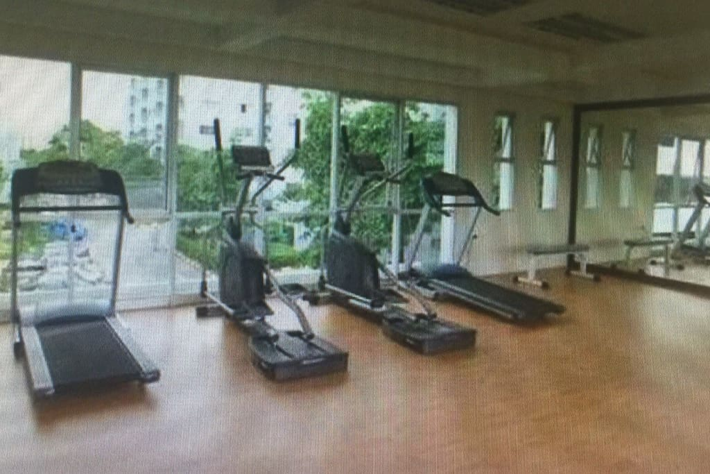Near fitness  Free fitness at LPN Centre Fitness at LPN Condo View - Fitness Fee 50.-THB/time/person   Fill in the name&room number in the application at Centre office