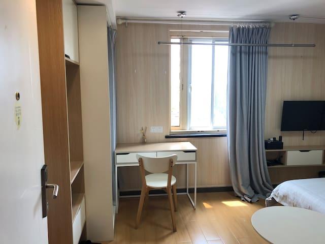 哈密路/地铁10号线/上海动物园/北欧精装舒适一居室
