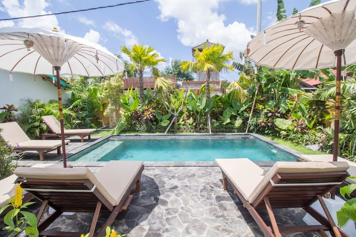 Sunny Bali Cabins in the Village of Canggu #D4