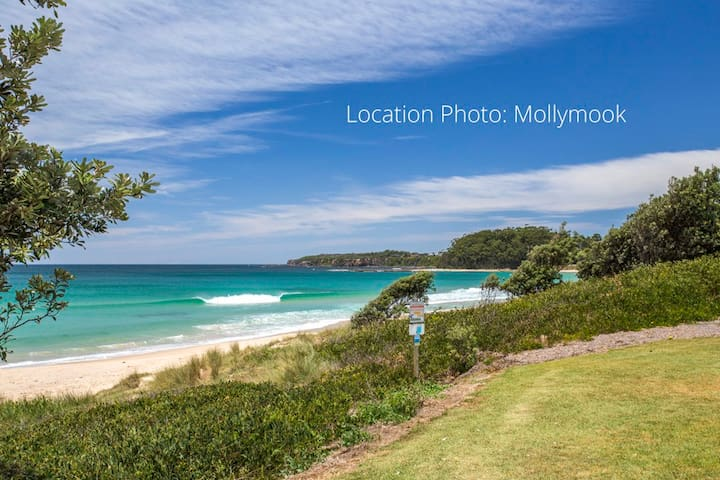 The Perfect Beach House - Mollymook Beach - Hus