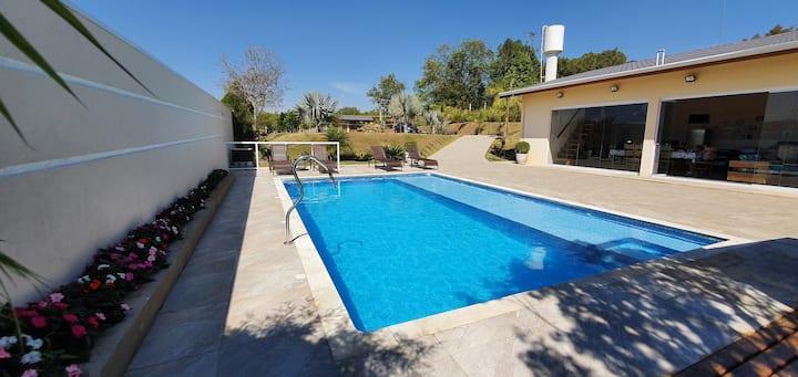 Chácara piscina aquecida Cond. Porta do Sol