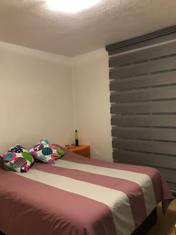 Hermosa habitación privada.