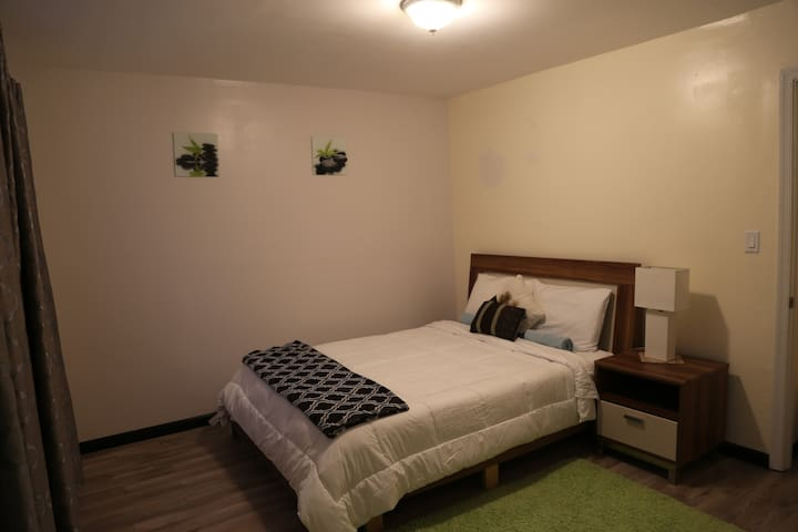6.Just the perfect room in SW DC