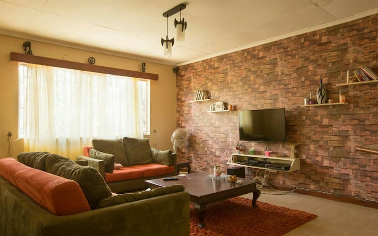 Cosy 1 Bedroom Apartment, Upperhill - Nairobi - Apartment