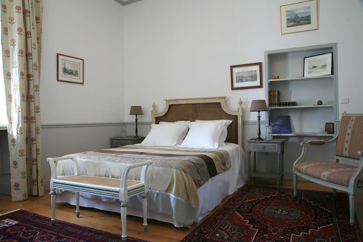Manoir de la Fieffe - Suite Sainte Croix du Mont - La Glacerie - Bed & Breakfast
