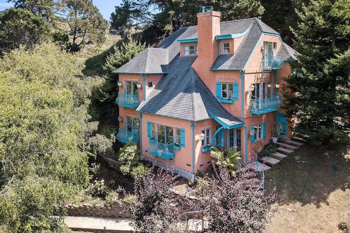 @ Marbella Lane - KnollTop Property | HotTub+Ldy+P