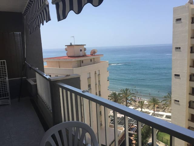 Cibeles 803 - Beachfront central with Views