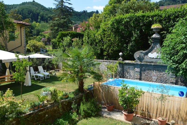 Beautiful Tuscan Villa with garden, pool, wifi