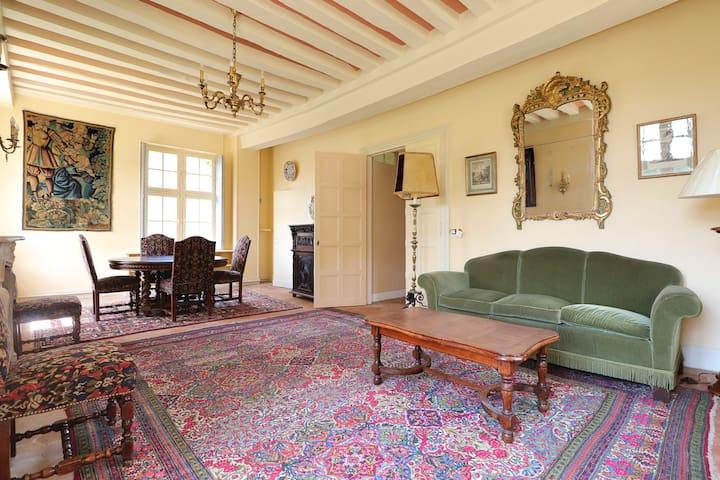 Luxury at the Château near Paris