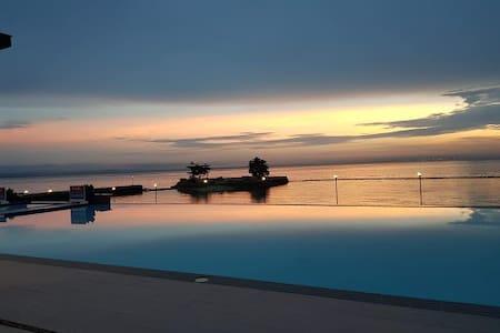 Holiday Ocean View Samal Island Davao