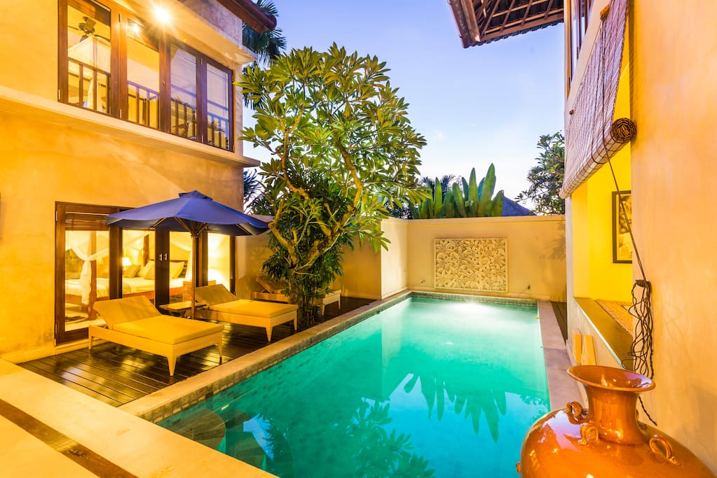 Instead of our other villas, Shakti got two floors and it does not hurt, vice versa it is very nice and pleasant.