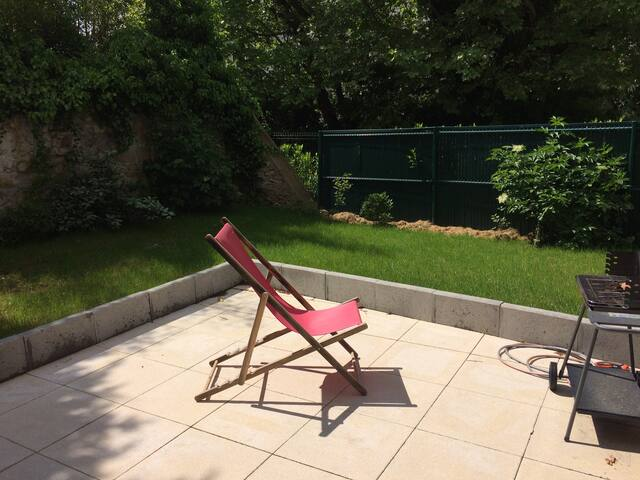 Appartement au calme avec jardin proche Metro