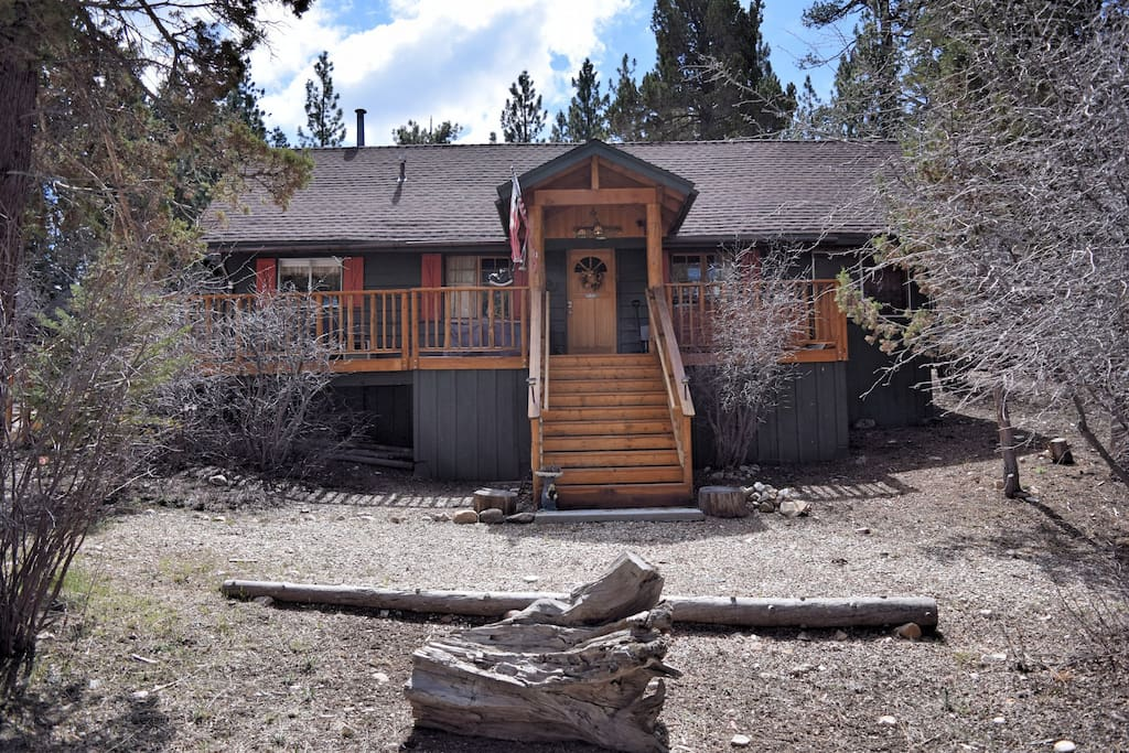 Iris getaway hiking private cabins for rent in big Big bear cabins california