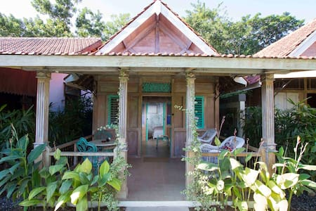 Old charm Wood house - Badung Regency