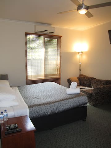 Swifts Creek Accommodation - Unit 2