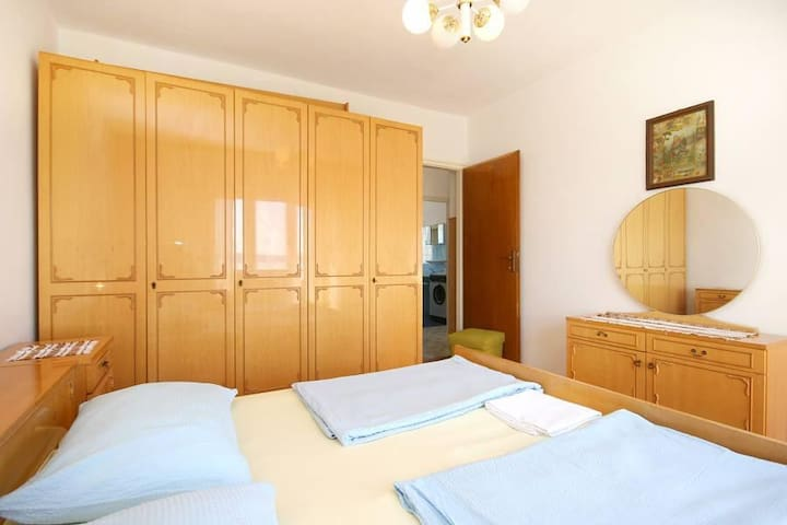 Two bedroom apartment with terrace and sea view Selce, Crikvenica (A-5475-a) - Selce - Leilighet