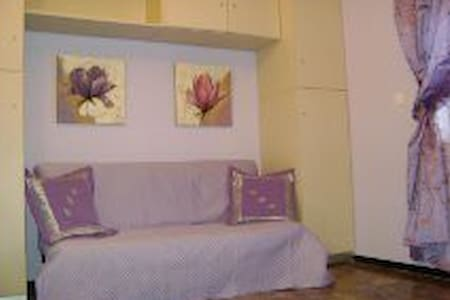 Apartment on the waterfront Liguria - Borghetto Santo Spirito - Huoneisto