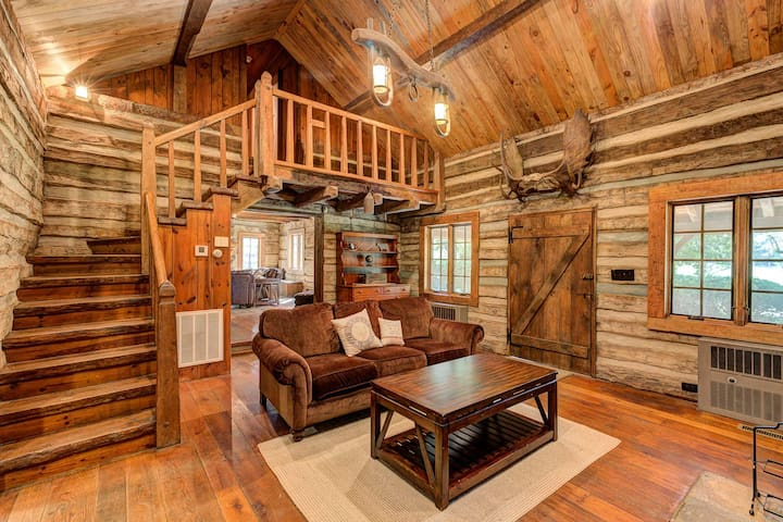 Rustic and charming log cabin built in 1796