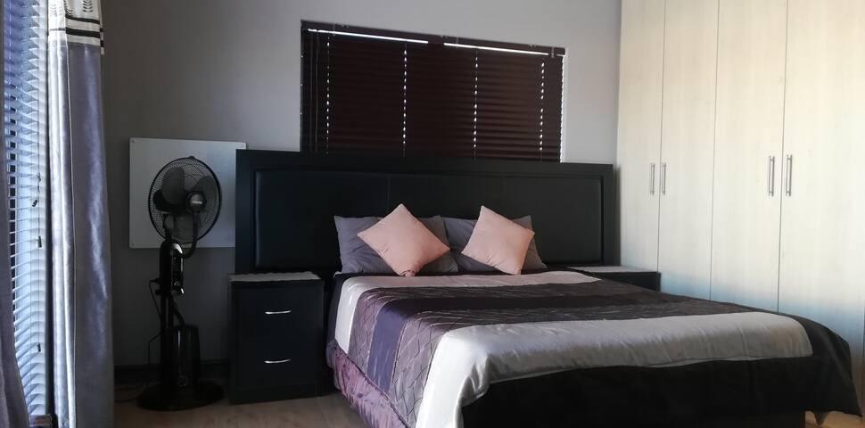 Durbanville Luxury Living Private Room