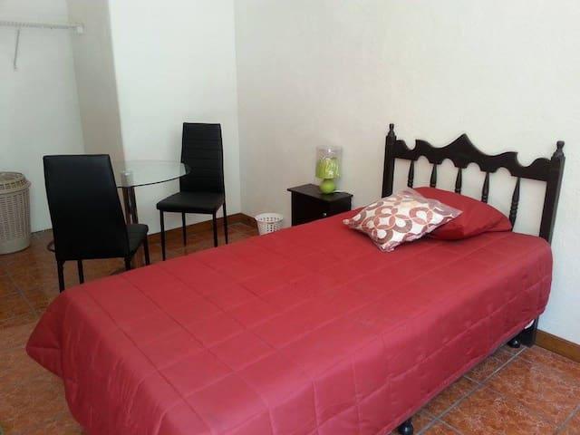 Habitación para Vacacionistas - กัวเตมาลา - ที่พักพร้อมอาหารเช้า
