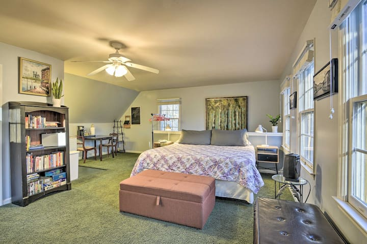 NEW! Cozy Durham Studio - 2 Mi to Duke University!