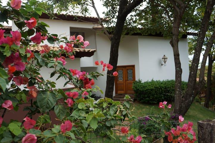 Casa maravilhosa em local exclusivo perto de BH