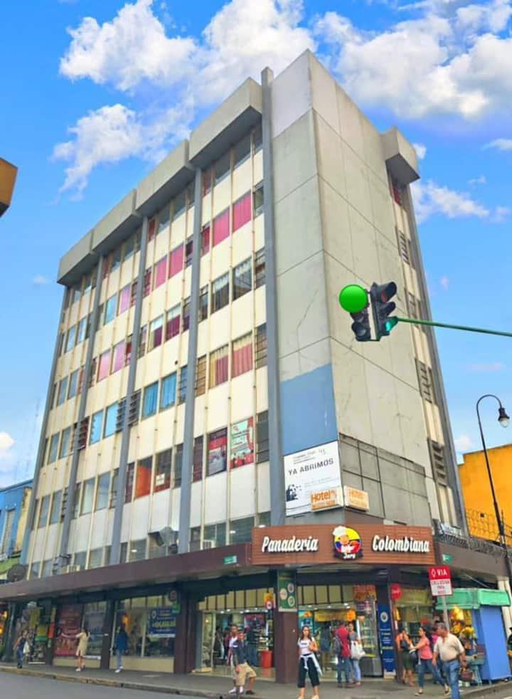 Habitación triple en San José Centro