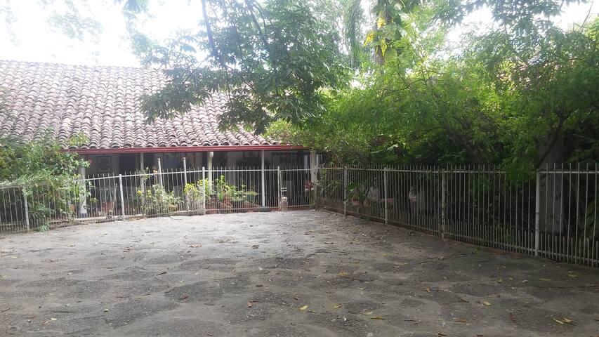 Casa Semi-Campestre #4