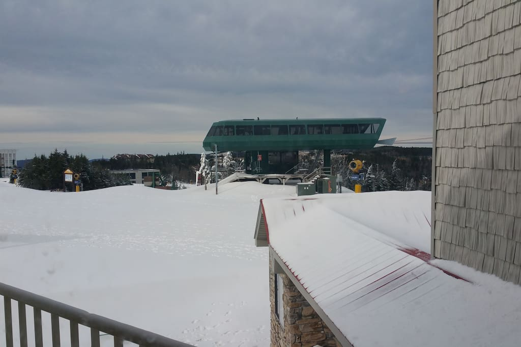View from the balcony of the Ballhooter lift