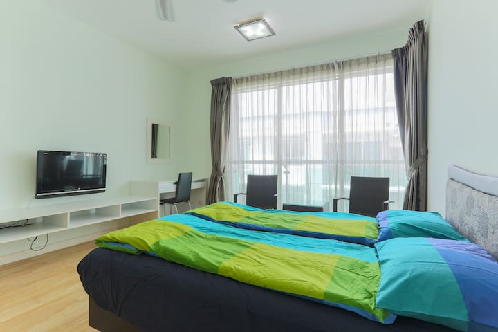 Publika Suite for 2 or 3 person