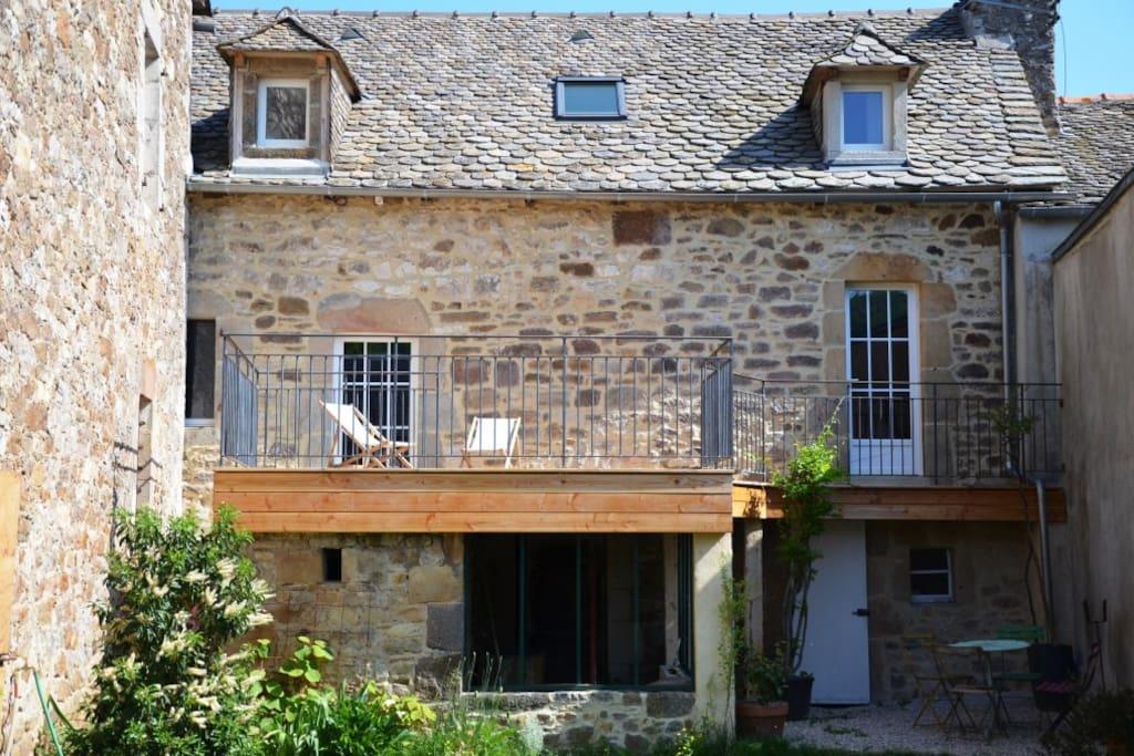 Casa de encanto cerca de laissac casas en alquiler en montrozier mediod a pirineos francia - Casas de alquiler en francia ...