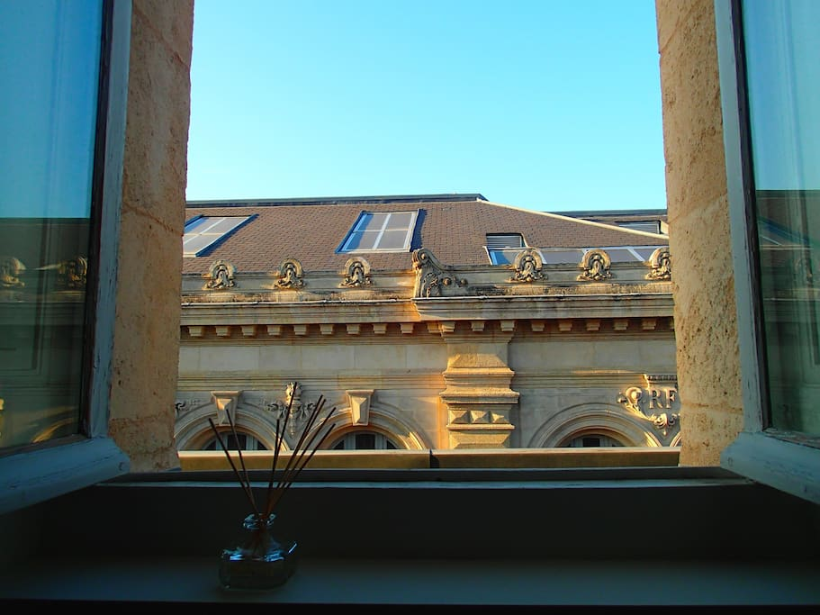 Grands hommes grand t2 lumineux appartements louer for Appartement bordeaux grands hommes